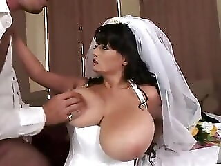 Xnxx What a beautiful honcho bride bride xvideos